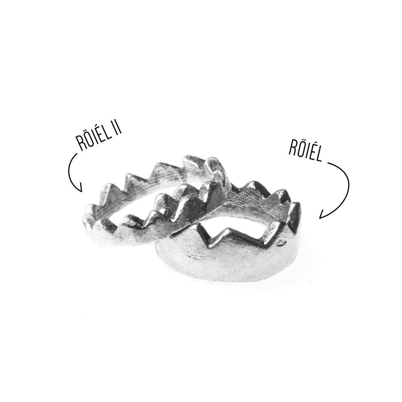 Gioiello in argento a forma di corona
