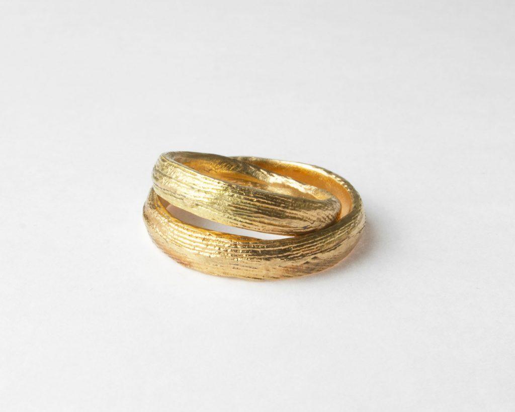 Fedi in oro -  fusione in osso di seppia realizzata a San Marino