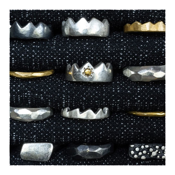 Gioielli artigianali realizzati con la fusione in osso di seppia