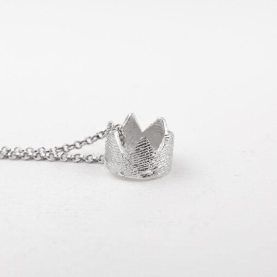 Collana in argento 925 con ciondolo corona